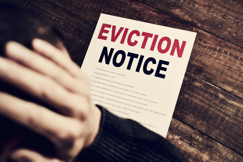 Even with moratorium extension, an eviction crisis looms. Right-to-counsel laws give renters a better chance.