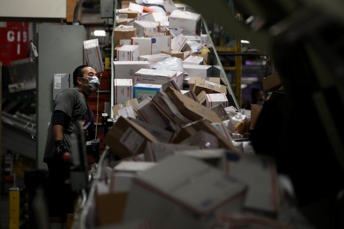 House Democrats pummel postmaster over sharp declines in on-time mail delivery
