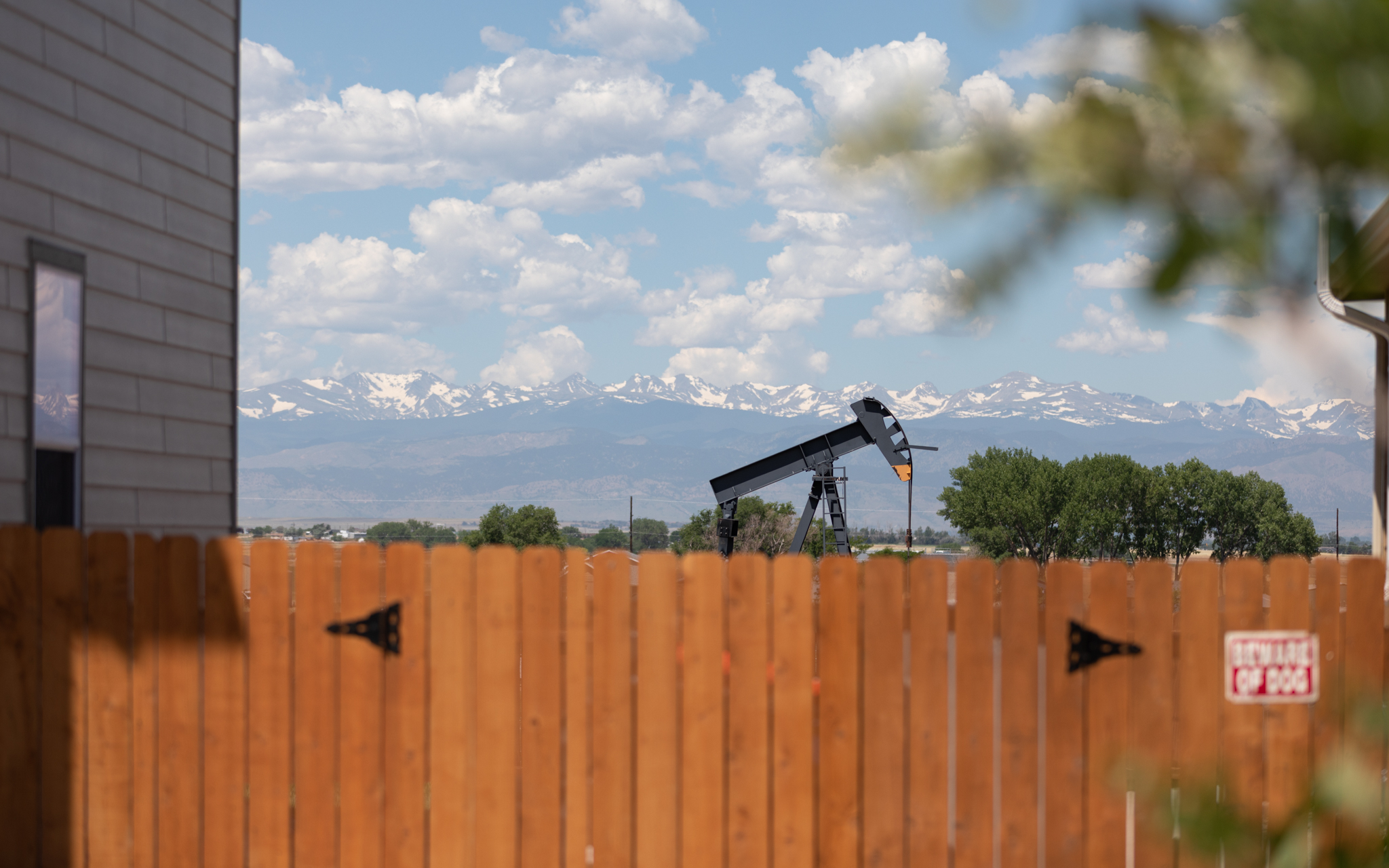 Increased setbacks a 'ban' on drilling? A new study shows otherwise.